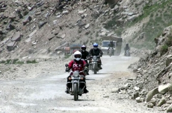 Shima to Leh Motor Bike